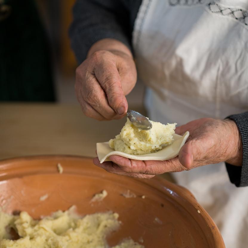 Sa Coccoi Prena Ogliastrina - Muceli e lotto la pasta della longevità - Pasta fresca Ogliastra